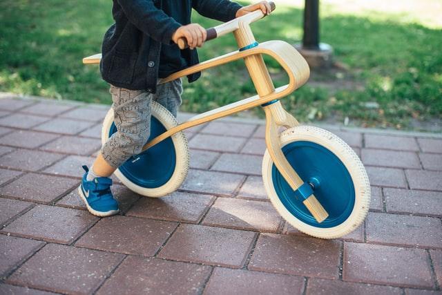 bici senza pedali di legno