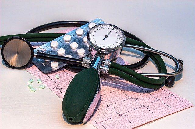 misuratore di pressione usato dai medici
