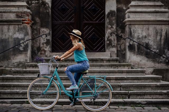 vantaggi e svantaggi bici città