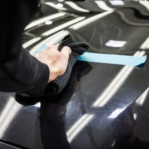 Quando passi la cera puoi graffiare la vernice della macchina?
